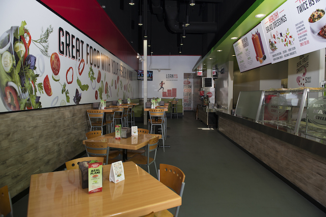 Muscle Maker Grill interior